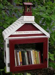 Church shaped Little Free Library