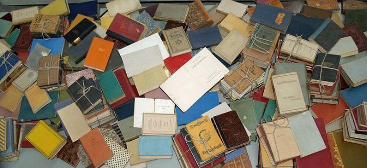Yad Vashem books burnt by the Nazi