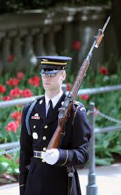 guard at the tomb of the unknowns