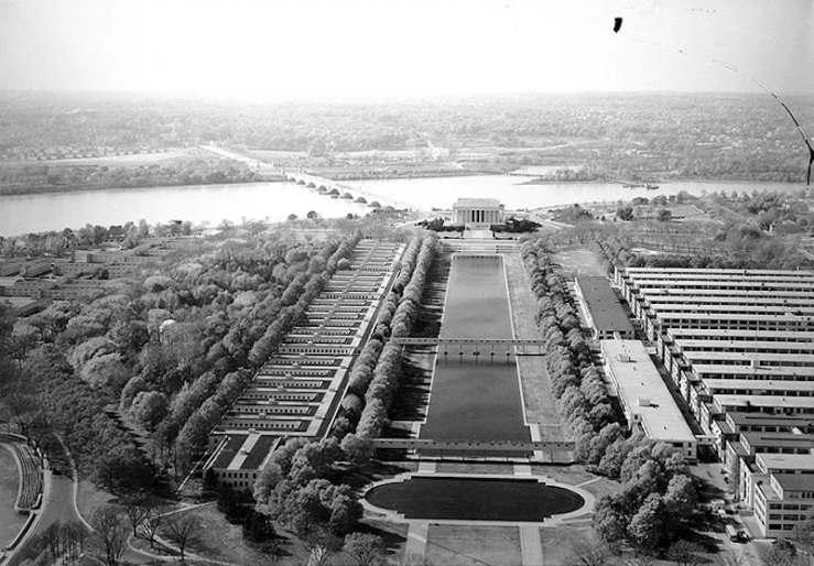 world war II temporary buildings on the mall